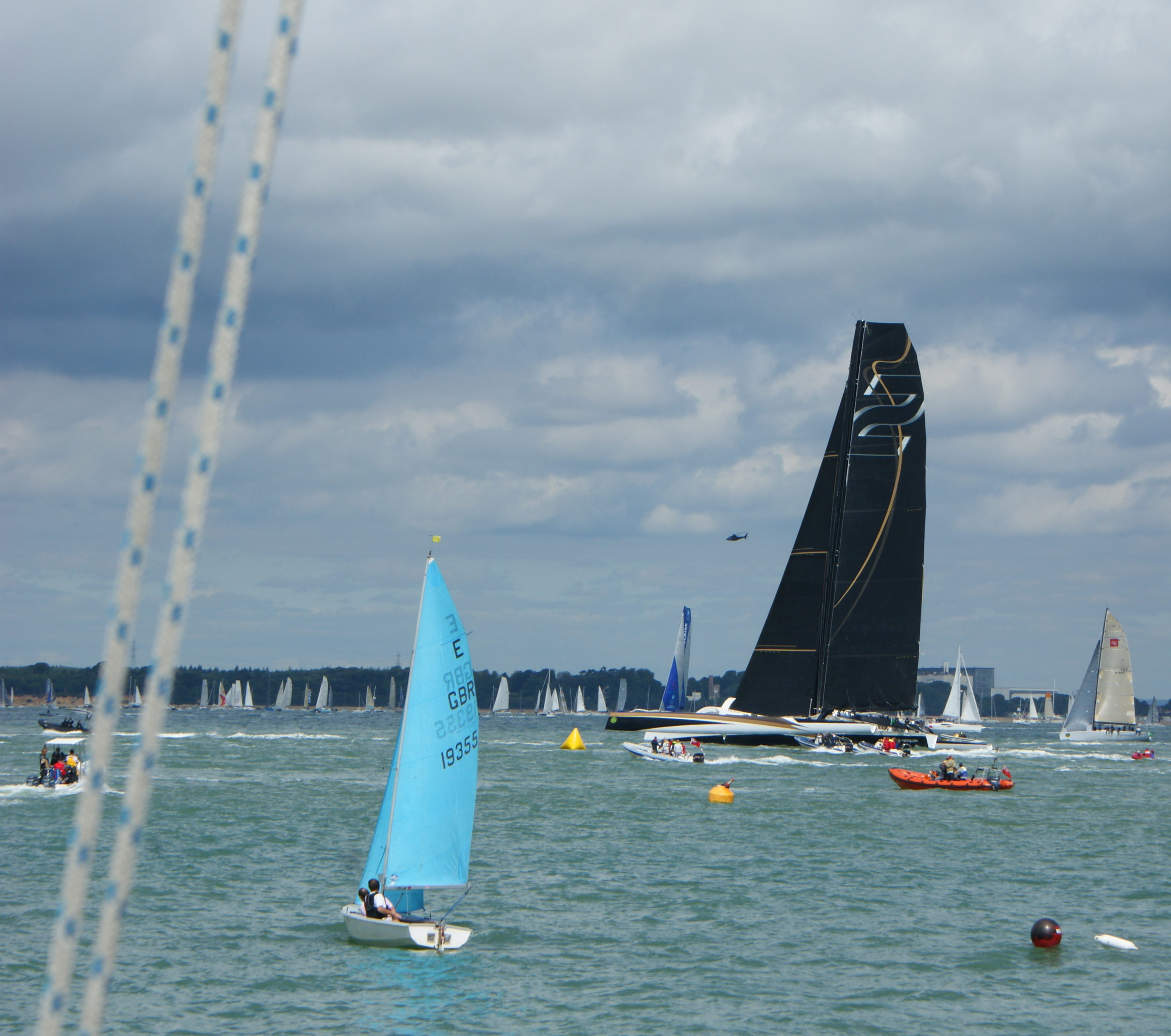 Spindrift 2 starts the Fastnet
