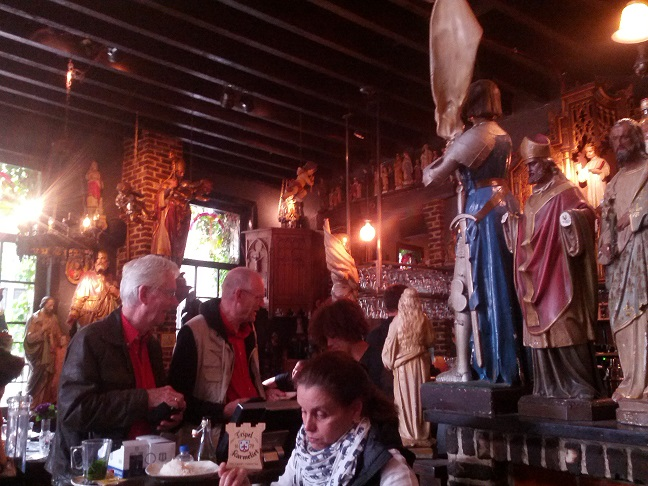 Antwerp, Kathedraal Cafe