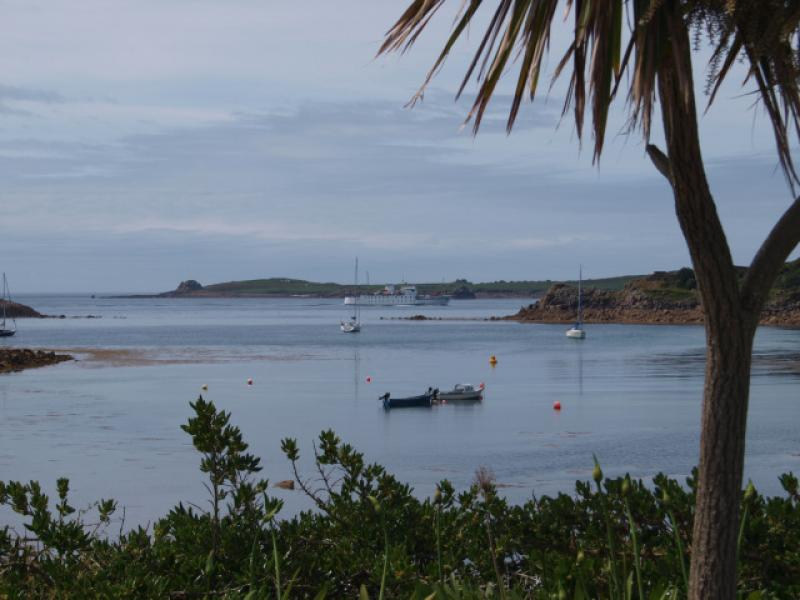 St Mary's Sound, Scillonian coming in