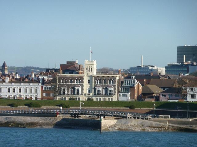 Royal Naval Club & Royal Albert Yacht Club