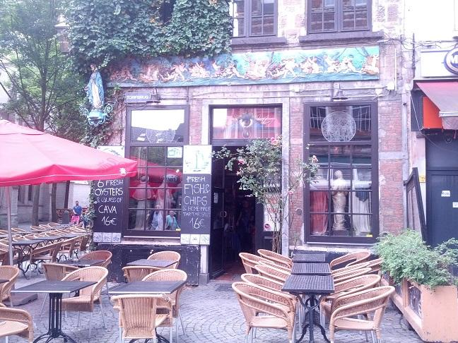 Antwerp, Kathedraal Cafe